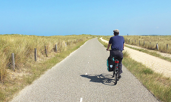 hotel and bike with luggage service North Holland